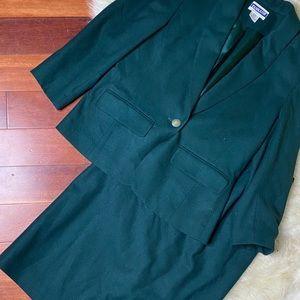 Pendleton Green Wool Skirt Suit Set Sz 6